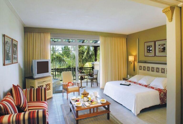 Izba s výhľadom do záhrady hotela Shandrani Beachcomber Resort & Spa