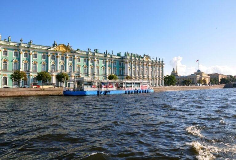 Atrakcie Petrohrad a plavba Ladožským jazerom