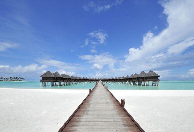 Pláž Hotel Sun Siyam Olhuveli *****