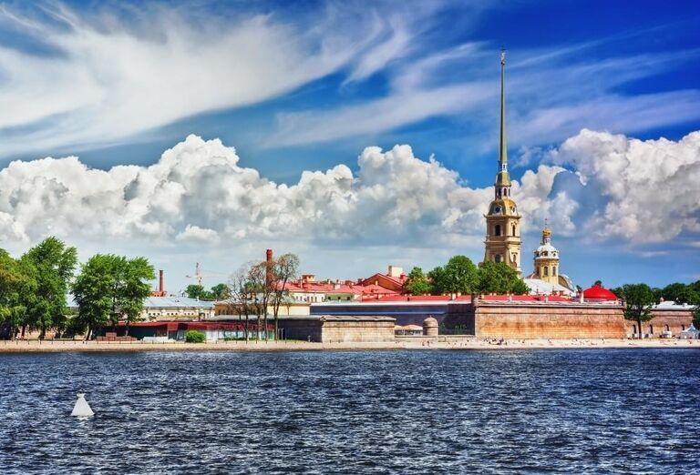 Petropavlovská pevnosť a katedrála Petra a Pavla