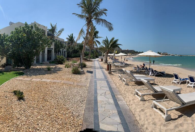 Hotel Hilton Resort & Spa - pláž