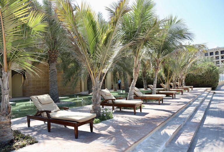 Relax v areáli hotela - Hotel Hilton Resort & Spa Ras Al Khaimah