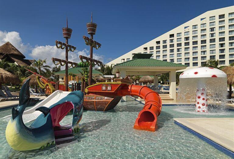 Hotel Iberostar Cancun - hotelový bazén