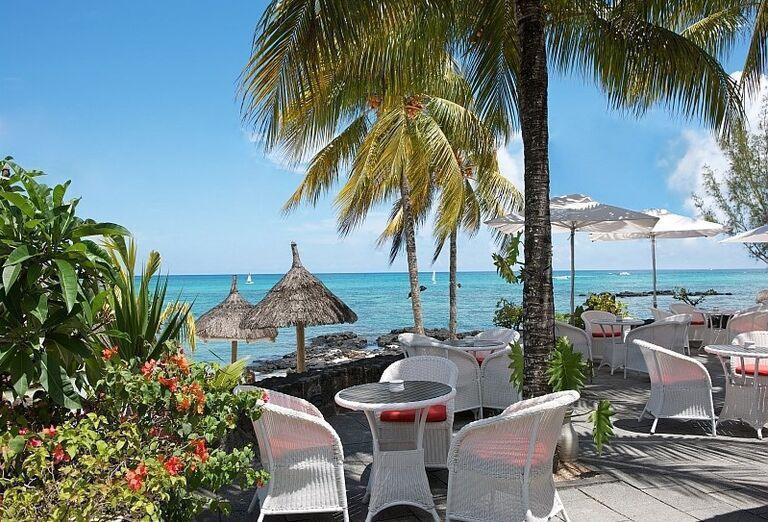 Reštaurácia pri pláži v Merville Beach