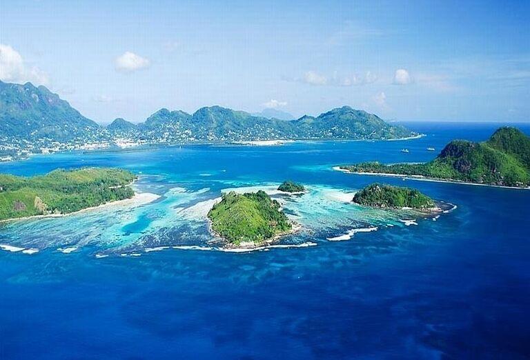 Hotel Coral Strand - Pohľad z výšky na more a ostrovčeky