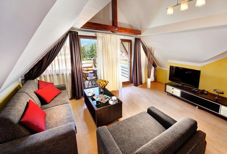 Izba s terasou, Bešeňová, Gino Paradise