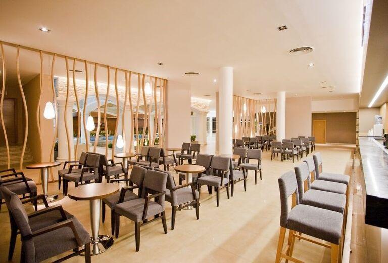 Hotel Evrika Beach Club - Posedenie