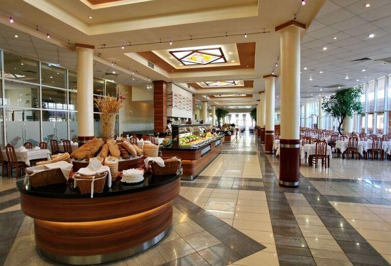 Hotel Evrika Beach Club -reštaurácia