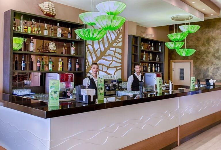 Hotel Evrika Beach Club - hotelový bar