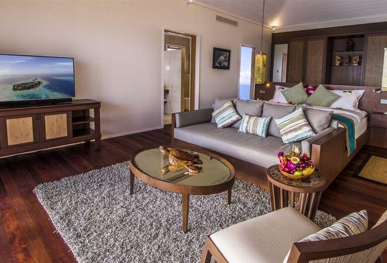 Izba v rezorte Hurawalhi Island Resort Maldives