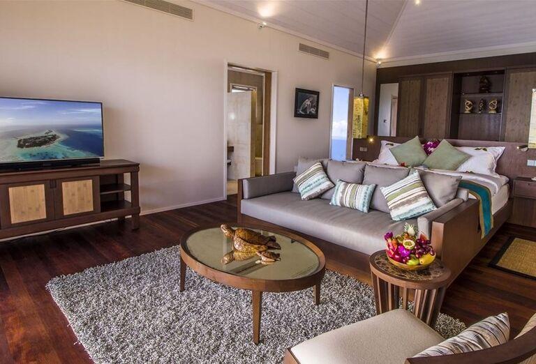 Ubytovanie v rezorte Hurawalhi Island Resort Maldives
