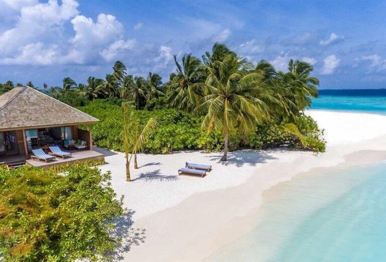 Ubytovanie v domčeku priamo pri mori - Hotelový Resort Hurawalhi Island Resort Maldives