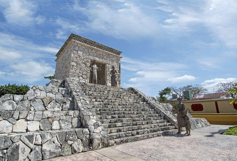 Výletná Loď MSC Meraviglia - Mexiko,Belize,Honduras - Pamiatky a architektúra