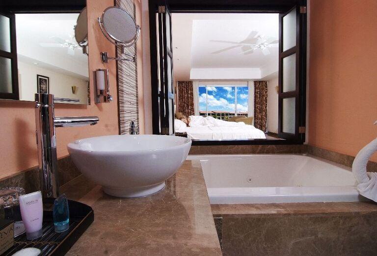 Hotel Sandos Playacar Beach Resort - kúpeľňa