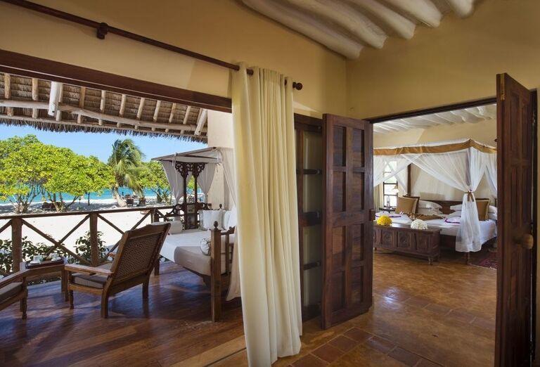 Priestranná izba s výhľadom na more v hoteli Neptune Pwani Beach Resort & Spa