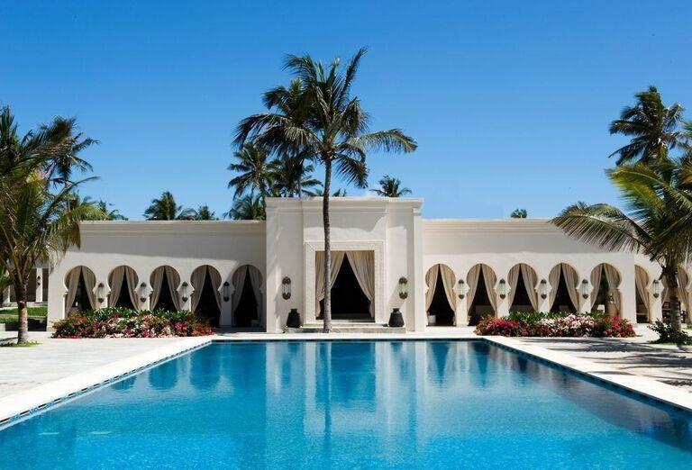 Bazén hotela The Barazaa