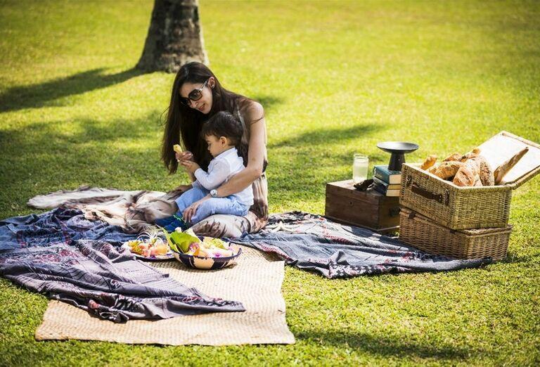 Piknik v záhrade hotela