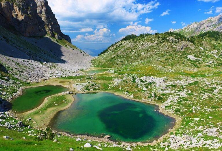 Albánsko -  malé jazero