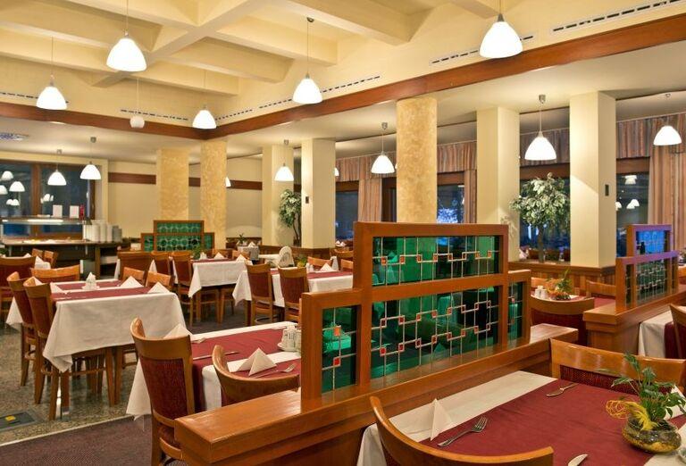 Reštaurácia hotela Sorea SNP