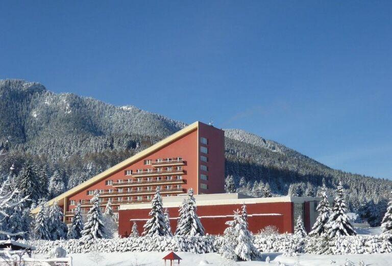 Pohľad na hotel SOREA Máj