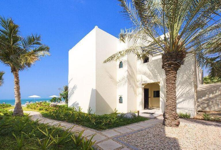 Areál rezortu Hilton Resort & Spa Ras Al Khaimah
