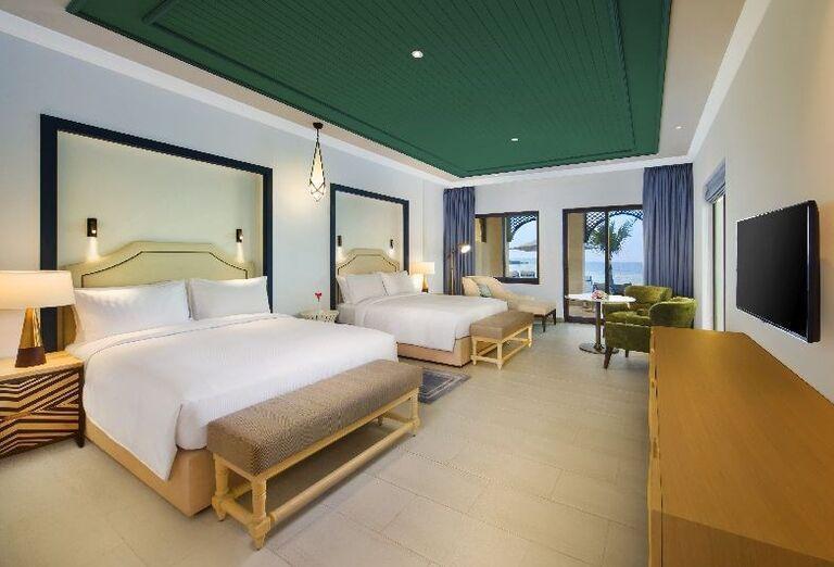 Priestranná izba s výhľadom na more v rezorte Hilton Resort & Spa Ras Al Khaimah