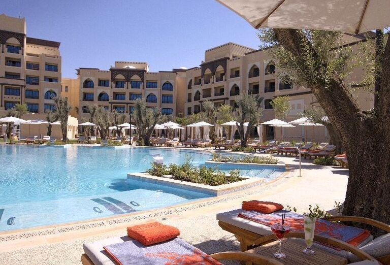 Areál hotela Saadiyat Rotana Resort & Villas Abu Dhabi