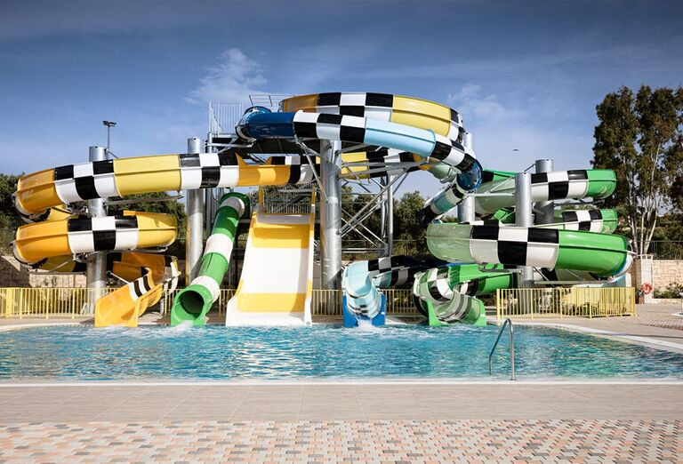 Tobogány s bazénom v hoteli Creta Maris Beach Resort