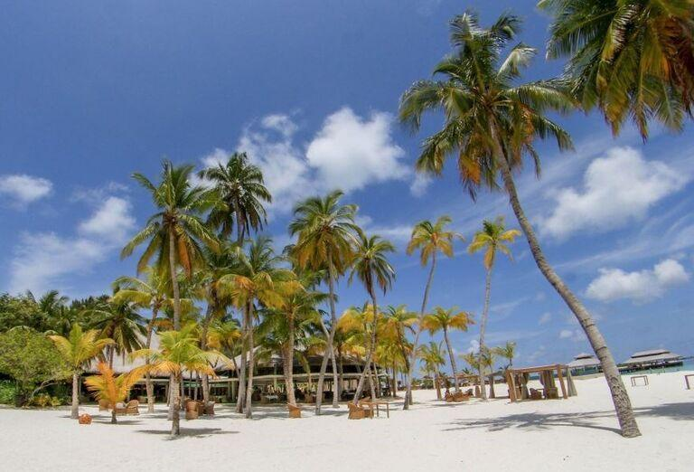 Hotelový Resort Kihaa Maldives - Piesočnatá pláž