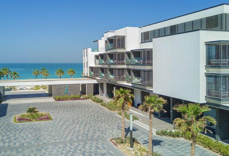 Pohľad na hotel  v hoteli Nikki Beach Resort and Spa Dubai