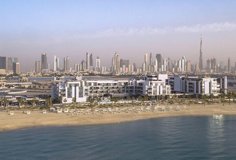 Pohľad na pláž a hotel  v hoteli Nikki Beach Resort and Spa Dubai
