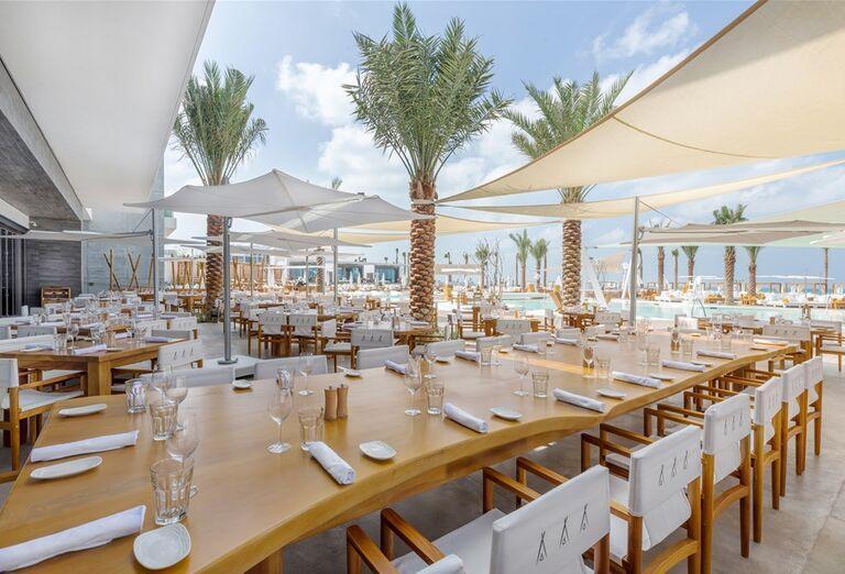Reštaurácia  v hoteli Nikki Beach Resort and Spa Dubai