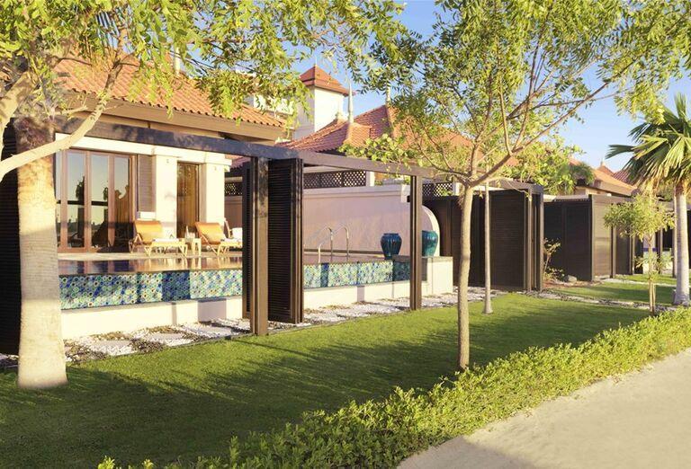Priamy vstup do bazéna z izby hotela Anantara The Palm Dubai Resort