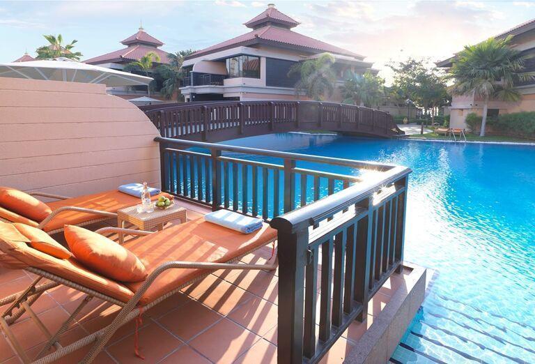 Výhľad z terasy v hoteli Anantara The Palm Dubai Resort