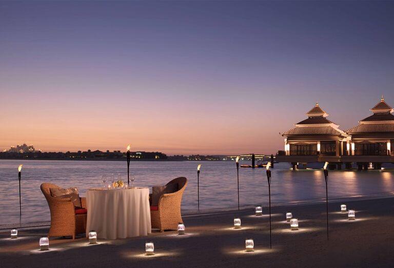 Romantická večera na pláži