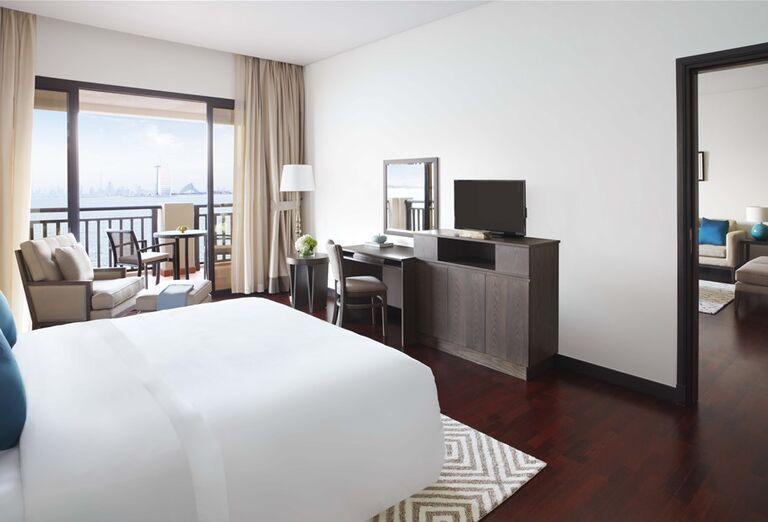 Izba s výhľadom na more v hoteli Anantara The Palm Dubai Resort