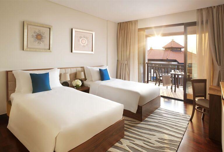 Izba s oddelenými lôžkami v hoteli Anantara The Palm Dubai Resort