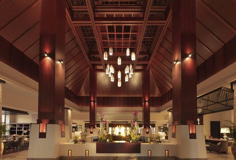 Interiér hotela Anantara The Palm Dubai Resort