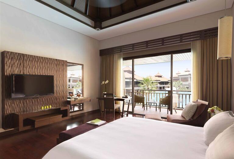 Izba s terasou v hoteli Anantara The Palm Dubai Resort