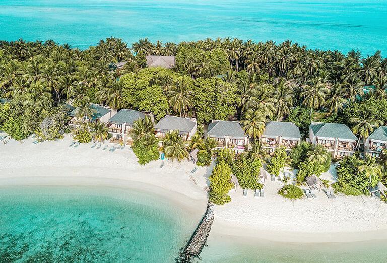Summer Island Maldives - Pohľad z výšky na more a ostrov