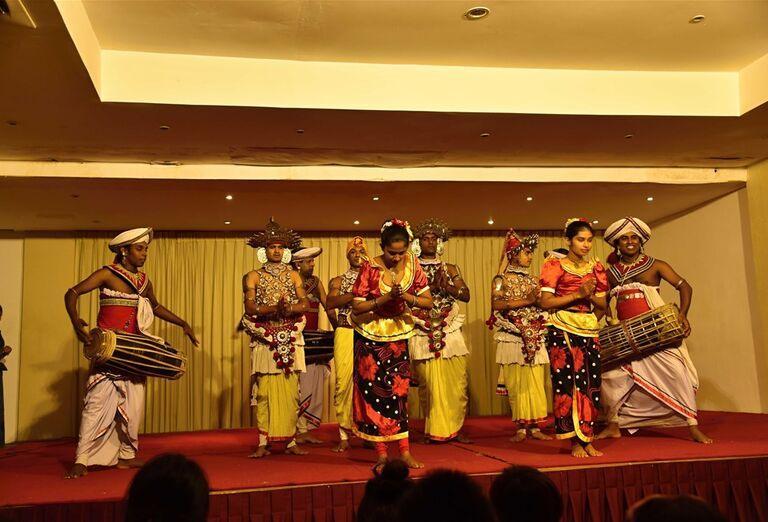 Srí Lanka - tanečníci