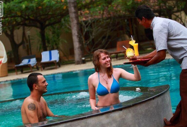 Hotel Siddhalepa Ayurveda Health Resort - pár vo vírivke