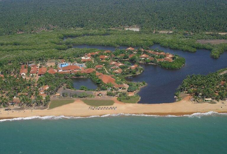 Pláž pred hotelom Club Palm Bay