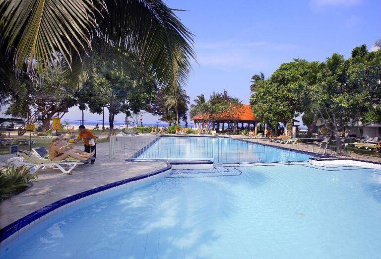 Hotel Club Palm Bay - hotelový bazén