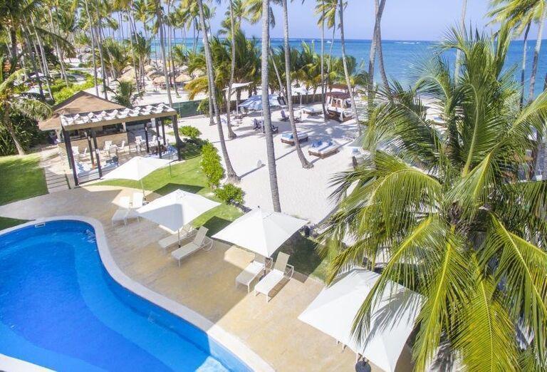 Pláž s palmami v hoteli Be Live Collection Punta Cana