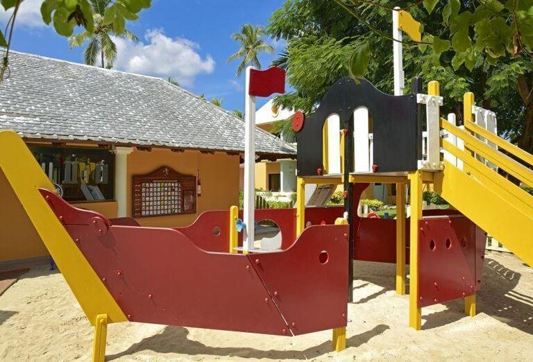 Pirátska loď pre deti v hoteli Iberostar Bavaro Suites