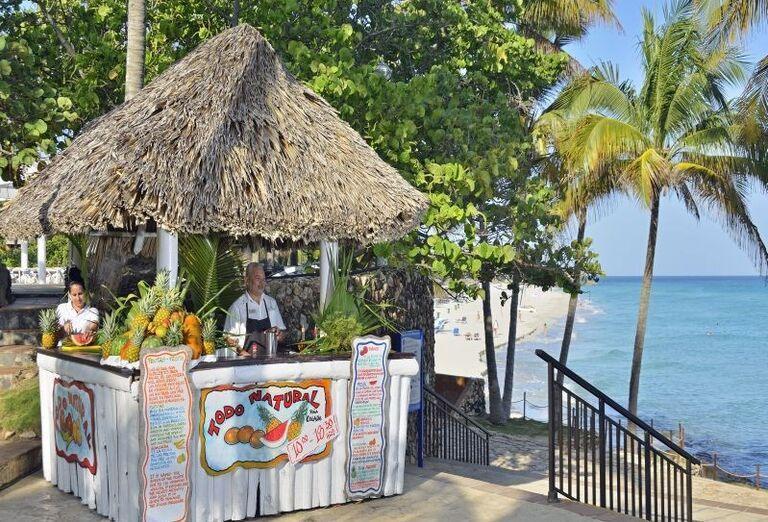 Bar s miešanými nápojmi v hoteli Meliá Varadero