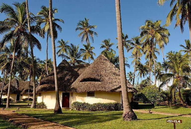 Cesta k ubytovaniu v hoteli Ocean Paradise Resort & Spa