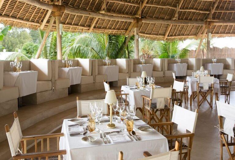 Posedenie v hoteli Gold Zanzibar Beach House & Spa
