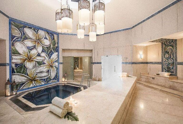 Ochladzovací bazén v hoteli La Pirogue - A Sun Resort Mauritius